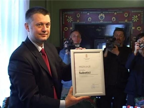Subotica nagrađena za uspešnu reformu javnih nabavki