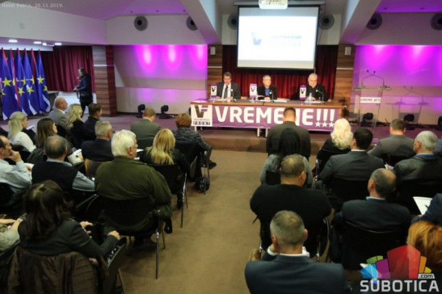 LSV, DSHV i VP usvojili Memorandum o budućnosti Vojvodine