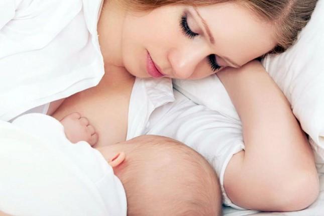 Oko 70 odsto majki doji bebu