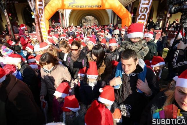 Na Paliću održana Trka Deda Mrazeva
