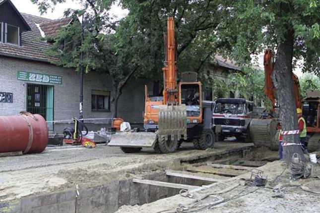 """Izgradnja vodovodne mreže """"otkrila"""" loše puteve"""