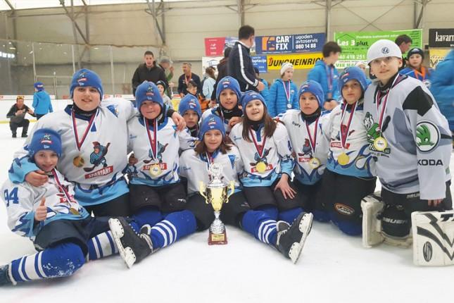Hokej: U10 najbolji u Kranju, U12 vicešampioni Segedina