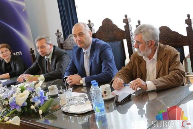 Centar za regionalizam održao okrugli sto u Gradskoj kući