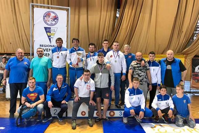 Rvanje: Spartak najbolji na Prvenstvu Vojvodine