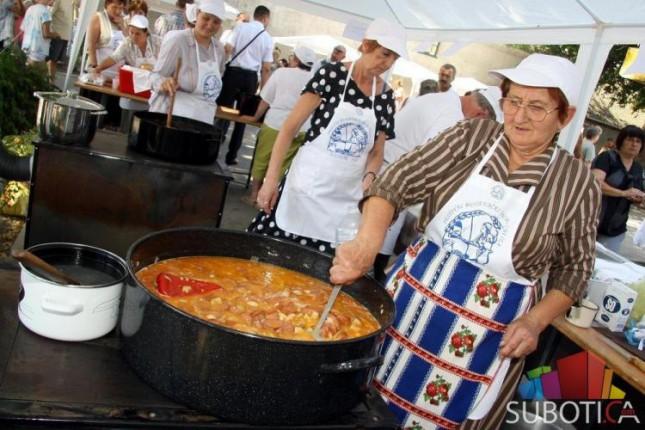 U Bajmoku održan 10. Festival bunjevačkih јеla