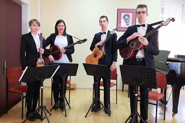 Prvi samostalni koncert Subotičkog tamburaškog kvarteta u četvrtak u Novoj opštini