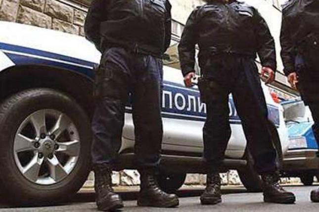 Petoricu osumnjičenih za razbojništvo policija uhvatila po izvršenju krivičnog dela