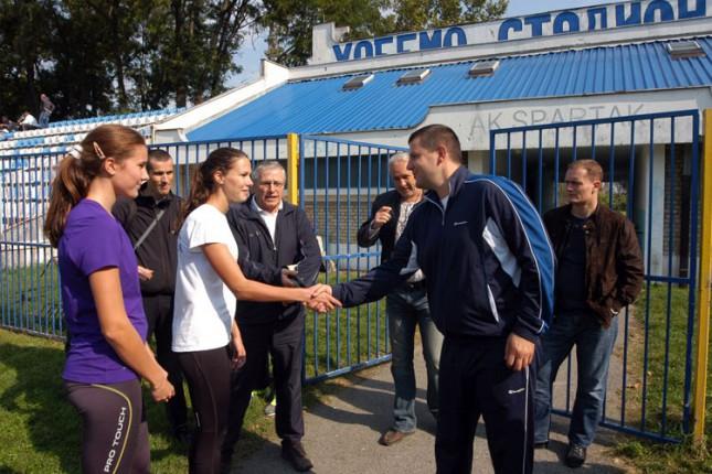 Državni sekretar u ministarstvu omladine i sporta posetio Spartakove atletičare