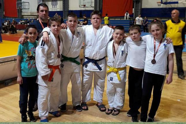 Džudo: Četiri medalje mlađih takmičara Spartaka na turniru u Beogradu