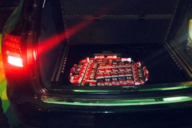 U rezervnom točku sakrio 12.000 cigareta