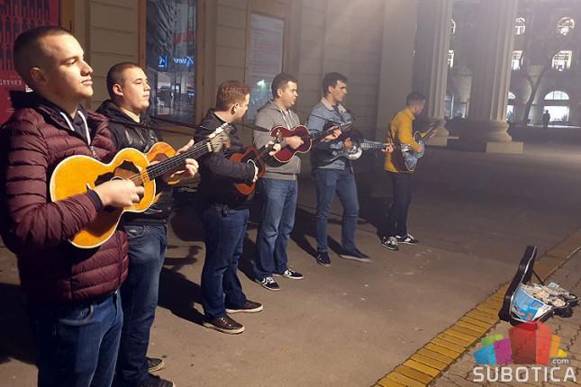 """Humanitarni koncert """"Muzikom protiv bolesti"""" u utorak u Velikoj većnici"""