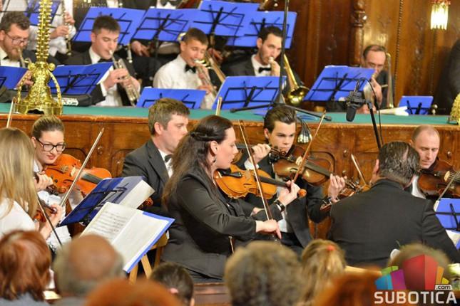 Subotička filharmonija ponovo svira