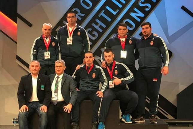 Dizanje tegova: Spartakovi reprezentativci završili takmičenje na Evropskom prvenstvu