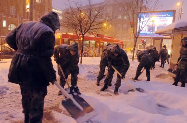Sneg u Subotici - Pomozi komšiji, pomozi gradu!