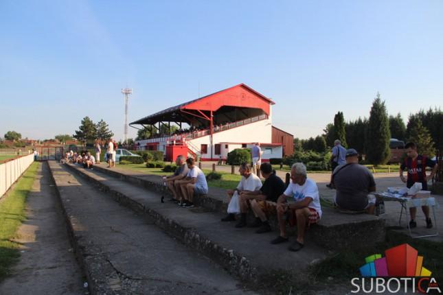 Fudbaleri Bačke savladali Železničar (2:0)