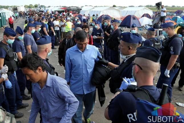 Mađarska: Prihvatni centri za izbeglice jutros prebukirani