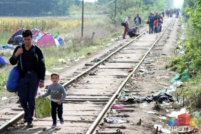 Srbija neće zatvarati granice, već praviti manje prihvatne centre