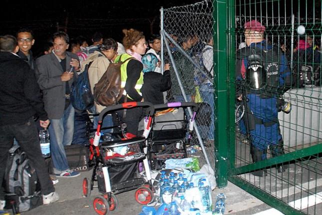 Prelaz Horgoš 2 zatvoren uoči ponoći, uz granicu sve više vojske i policije