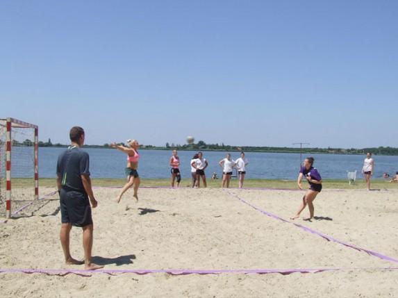 II Međunarodni rukometni turnir na pesku za vikend na Paliću