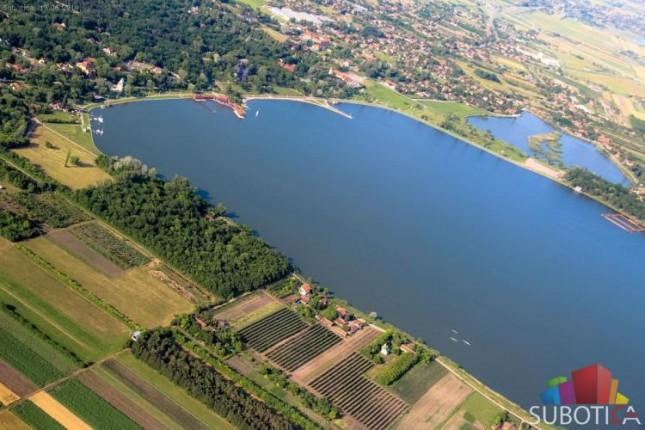 Loš kvalitet vode u palićkom jezeru