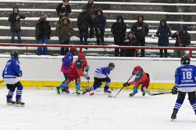 Hokej na ledu: Odličan nastup mlađih selekcija Spartaka na turniru juniorske lige