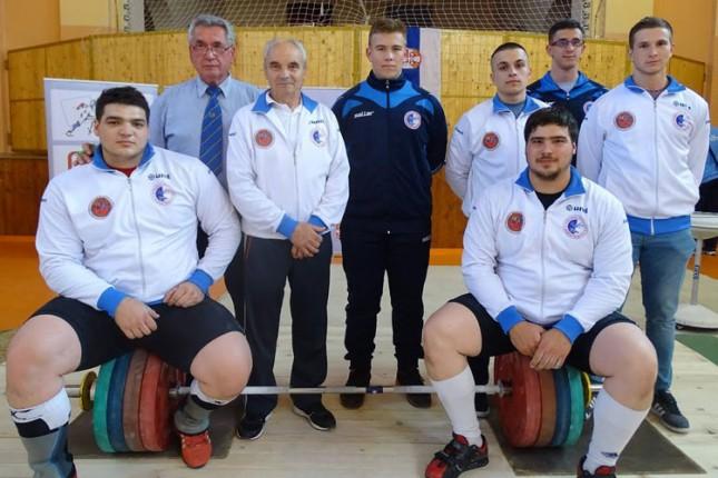 Tri prva mesta dizača tegova Spartaka na Prvenstvu Srbije za seniore i veterane