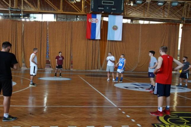 Košarka: Čanak sklapa tim za predstojeće izazove