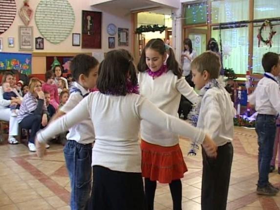 Novogodišnji paketići za decu Kolevke