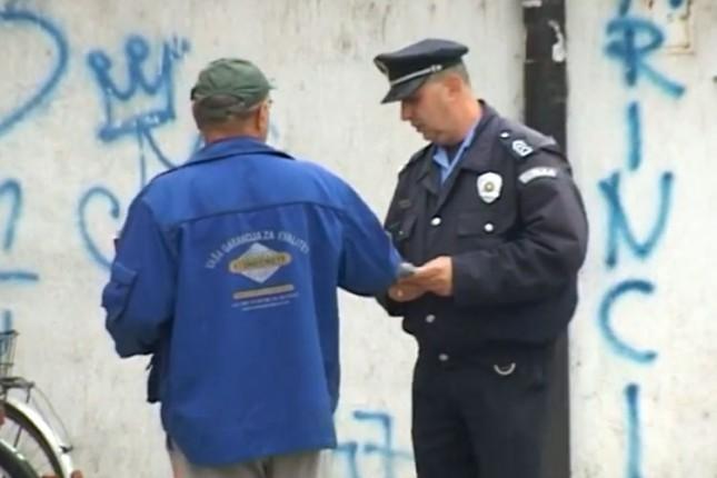 """Savetovanje građana Malog Bajmoka u okviru projekta """"Naš grad sigurna kuća"""""""