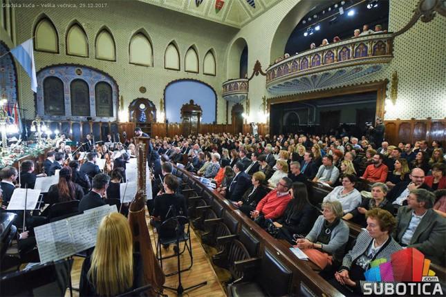 Subotički simfonijski orkestar oduševio publiku