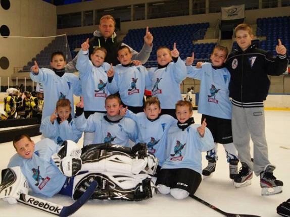 Učešće mladih hokejaša Spartaka na turniru u Budimpešti