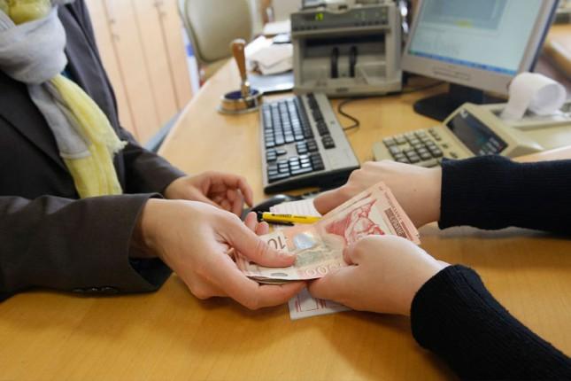 Sutra isplata novčane naknade za nezaposlene sa Kosova i Metohije