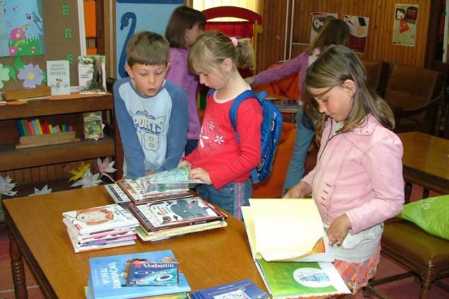 Počeo Mini sajam knjiga za decu