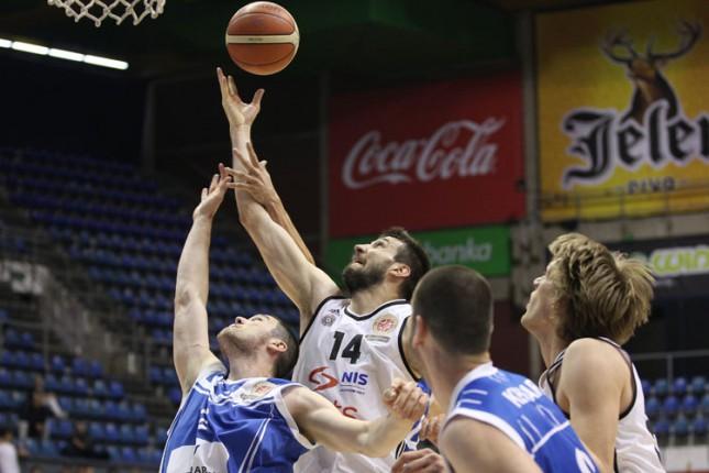Košarkaši Spartaka poraženi od Partizana (100:80)