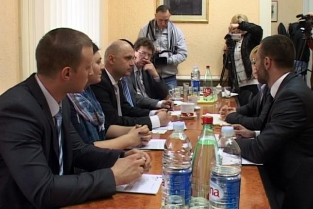 Delegacija misije EU u poseti HNV