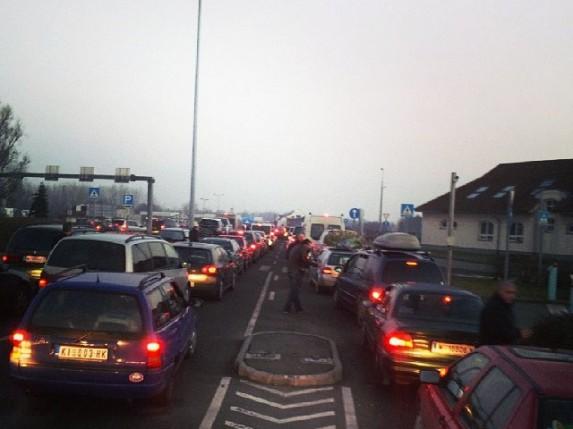 Horgoš i Kelebiju za vikend prešlo 165.000 putnika