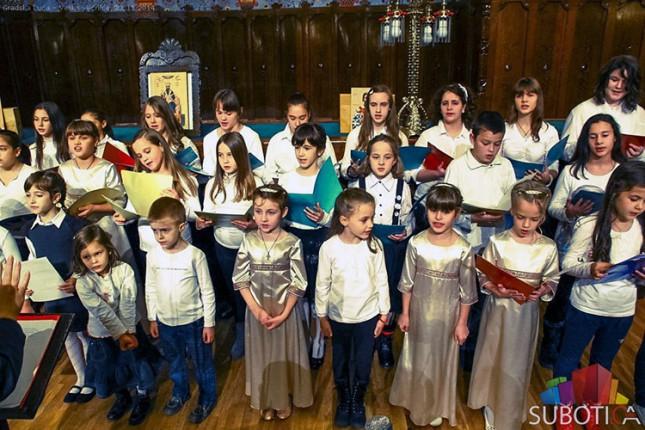 """Koncerti grupa """"Zlatovez"""" i """"Iskon"""" večeras u SKC """"Sveti Sava"""""""