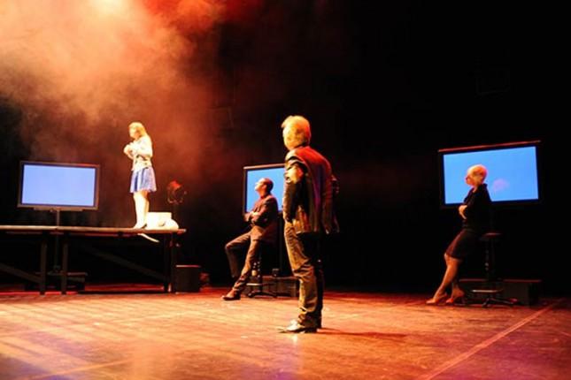 """Delimo karte za predstavu """"Rapsodije"""" francuskog pozorišta"""