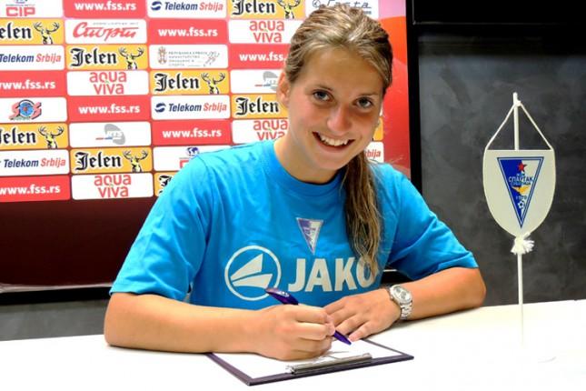 """ŽFK """"Spartak"""" potpisao šestomesečni Ugovor sa Jelenom Čanković, bivšom igračicom Barselone"""