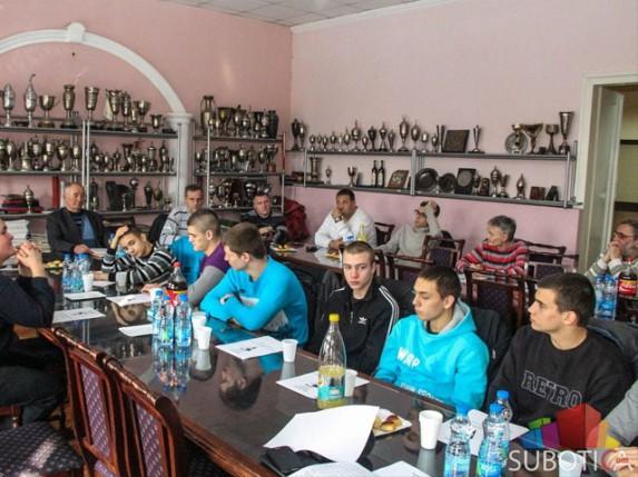 """Bokserski klub """"Spartak"""" prezentovao postignute rezultate u 2013. godini"""
