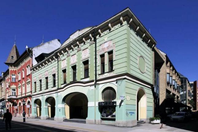 Grad otkupljuje Dom vojske na Korzou