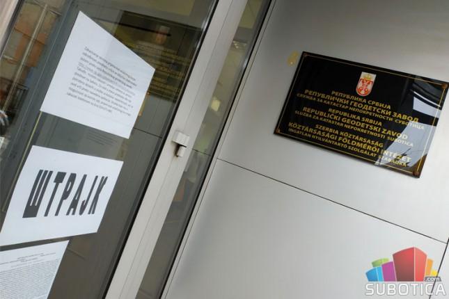"""""""Katastar"""" u štrajku do ispunjenja zahteva"""