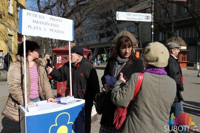 DS prikuplja potpise protiv smanjenja zarada