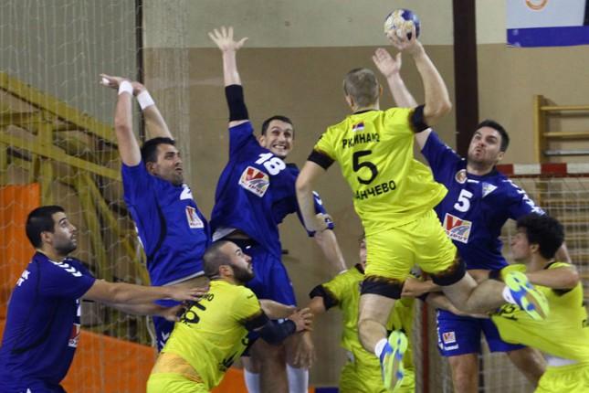 Rukometaši Spartaka savladali Dinamo (23:21)