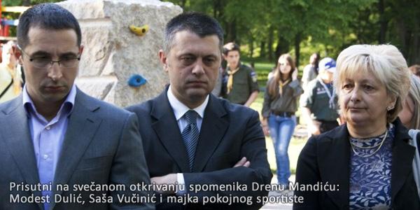 Modest Dulić, Saša Vučinić, maja Drena Mandića - otkrivanje spomenika