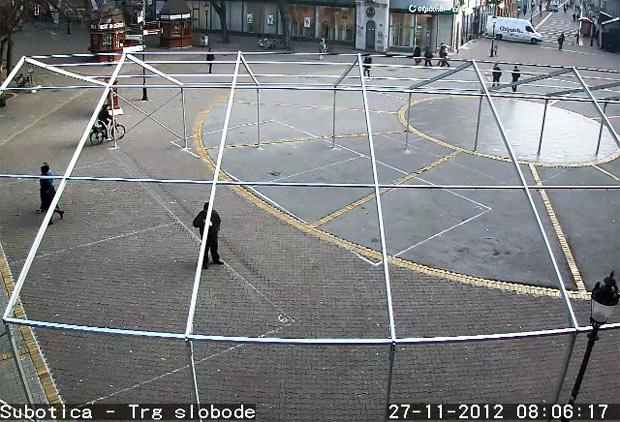 Rupe Na Trgu Slobode Vesti 05 12 2012 Subotica Com