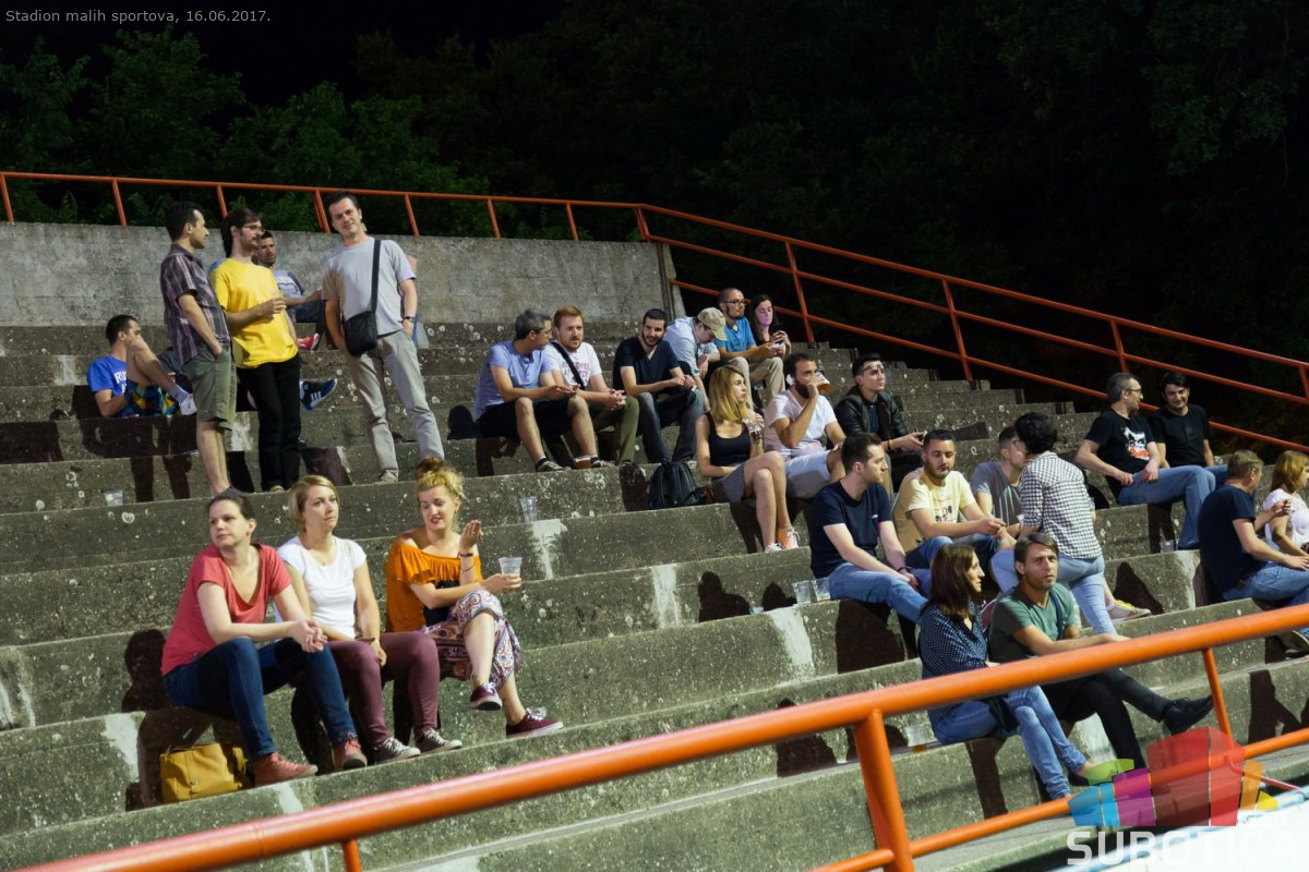 [FOTO] Festival zanatskog piva - Stadion malih sportova (16. jun 2017.)  SUB...
